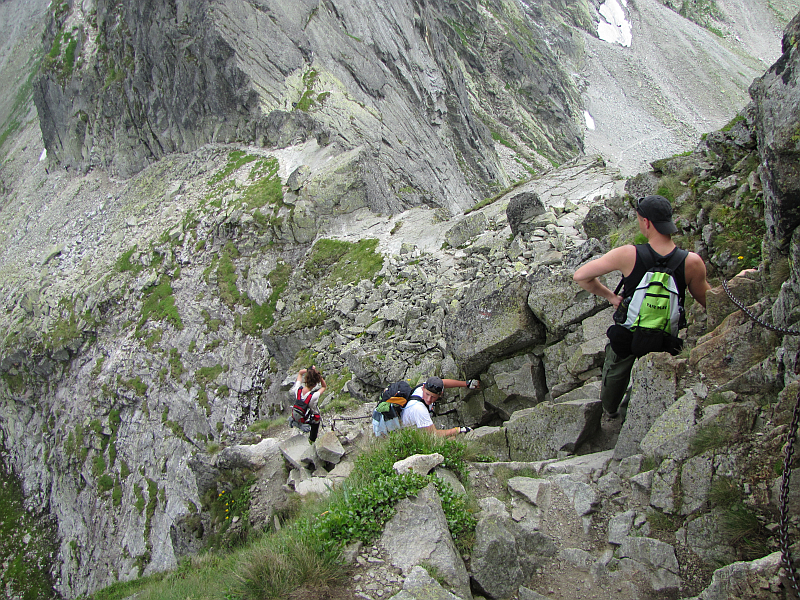 Przed nami Zmarzła Przełęcz (2126 m n.p.m.).