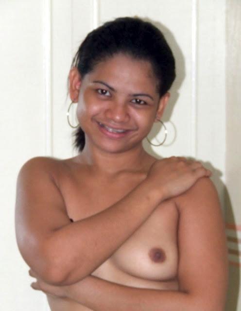 Andhra Telgu Girl Topless indianudesi.com