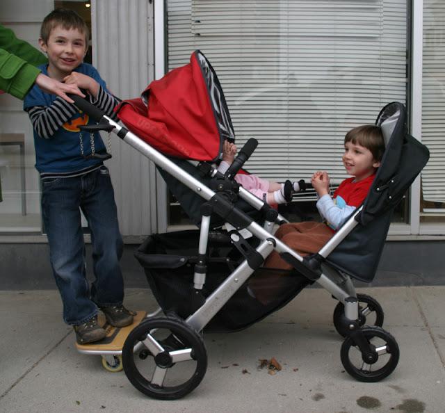 Bassinet Double Stroller1