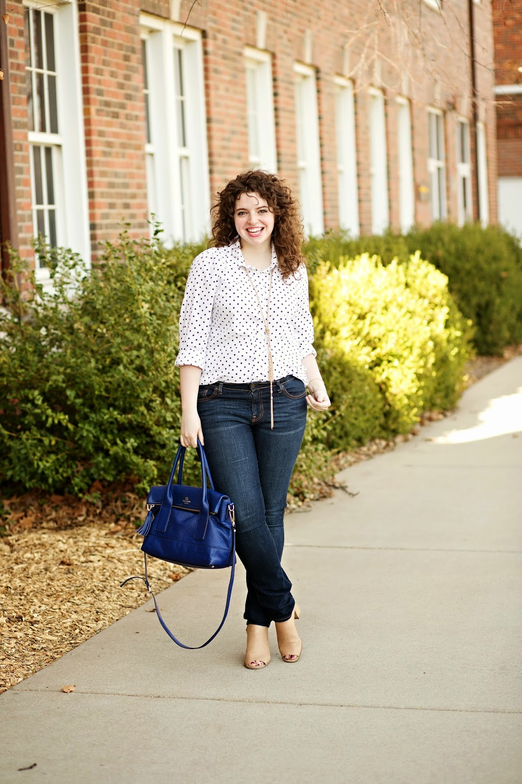Cute, casual polka dot top outfit with jeans