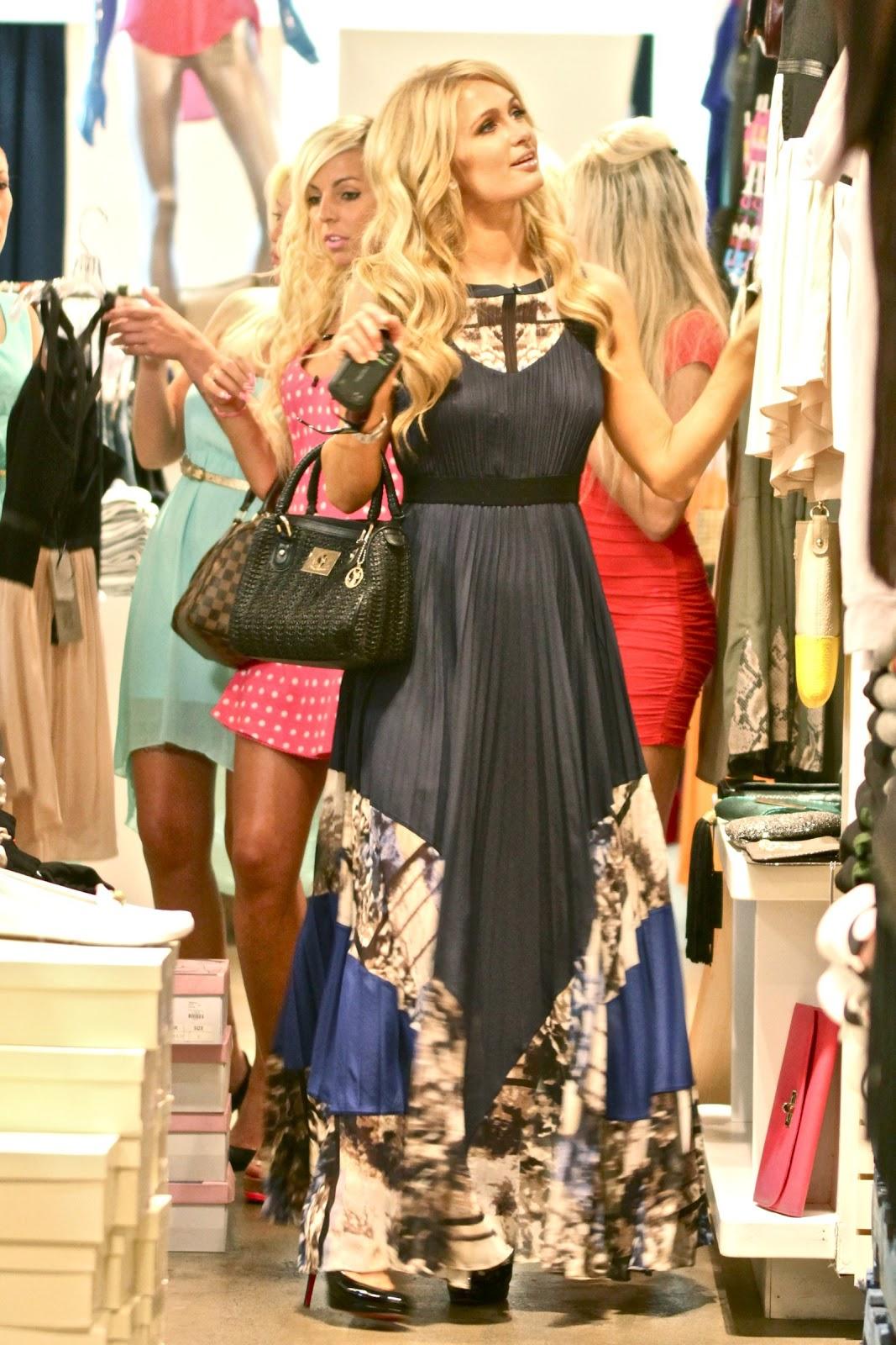 Candidshotcelebrity: Paris Hilton - Braless Candids in Los