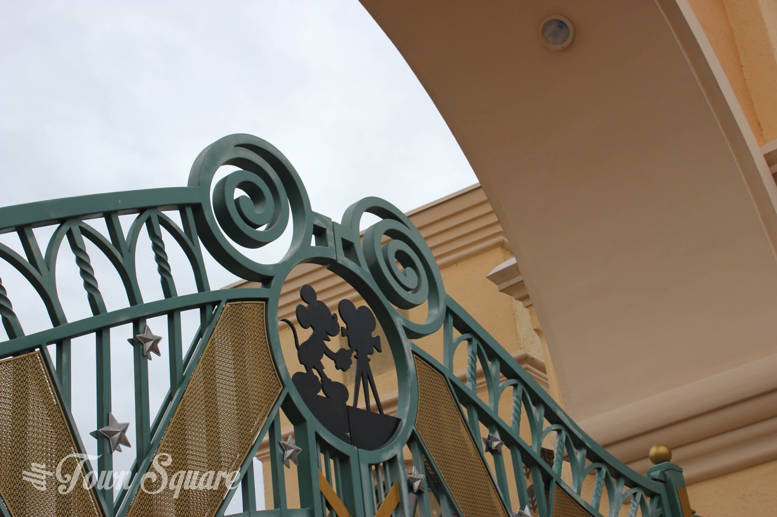 Gates to the Walt Disney Studios Park