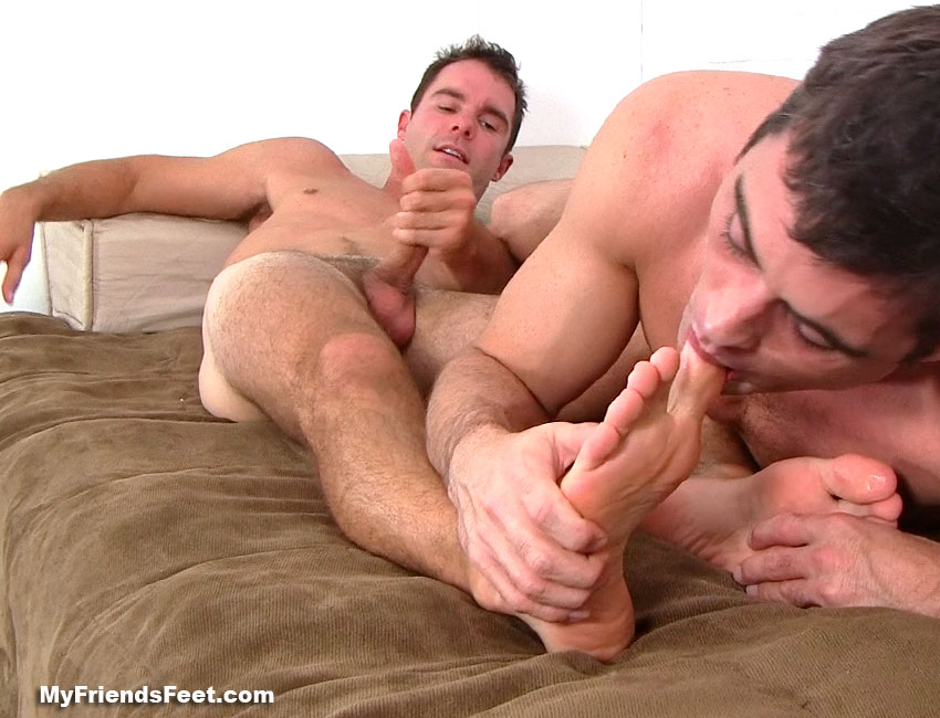 mens bare naked feet