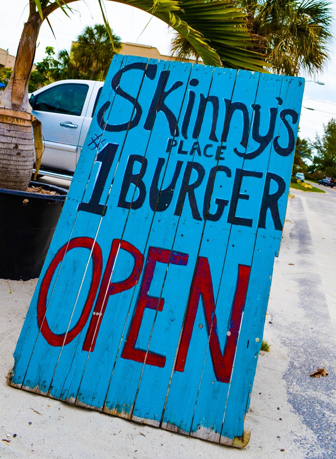 Jet Florida Mom And Pop Spots Bikinis Burgers And Beer