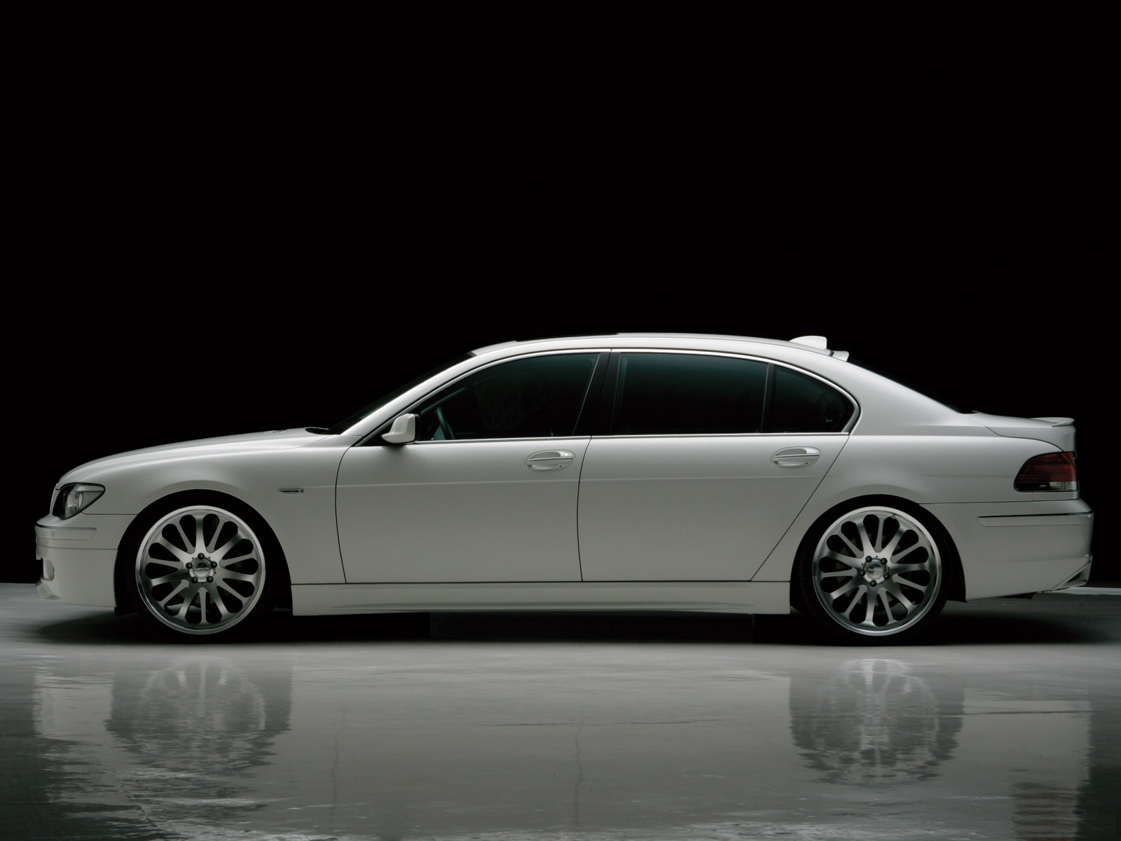 Wallpaper Bmw 7 Series Wallpaper