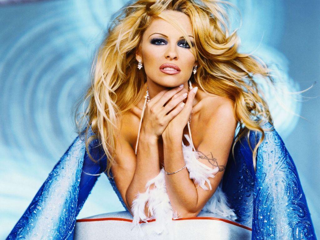 Stunning Pamela Anderson