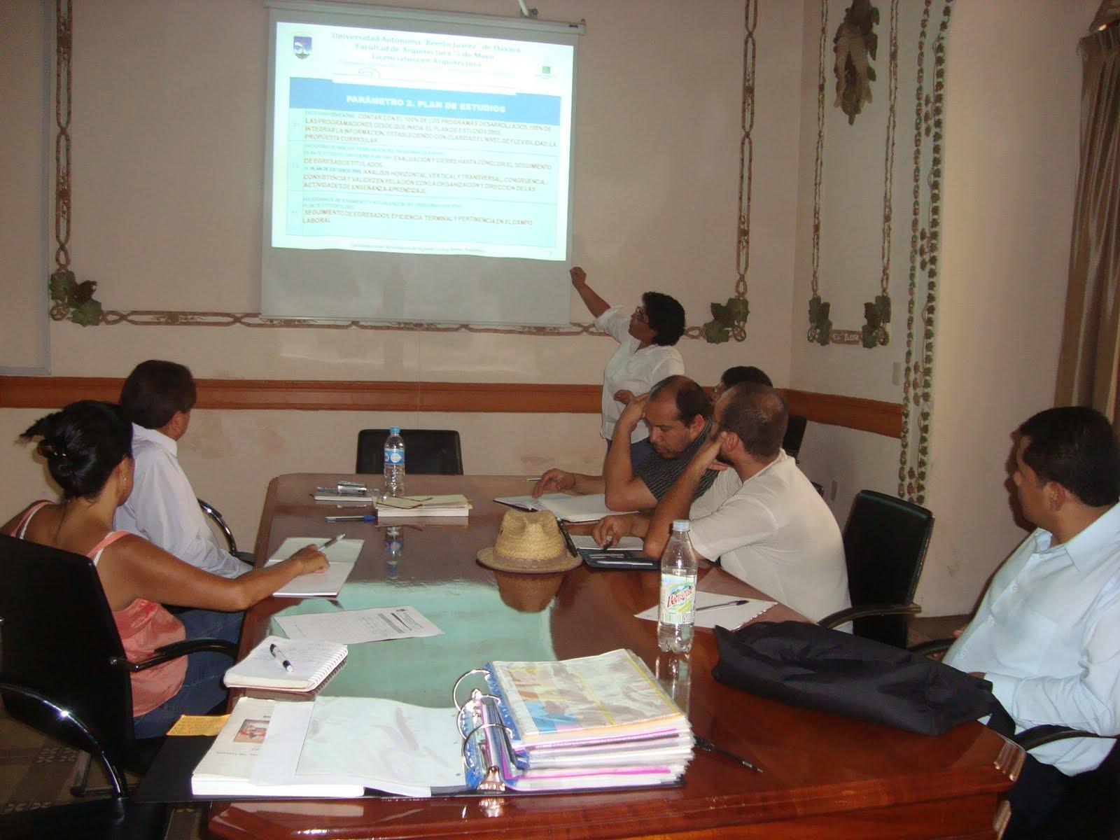 Facultad de arquitectura 5 de mayo de la uabjo reuni n for Arquitectura 5 de mayo plan de estudios