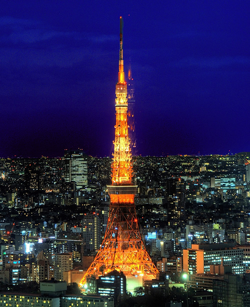tokyo tower is modelled on