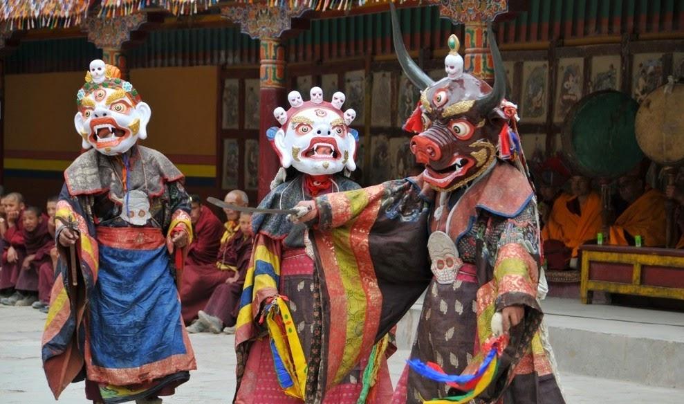 hemis festival in ladakh hemis monastery kashmir culture