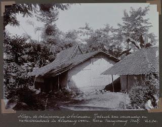 Bangunan Jaman Dulu Desa Nangerang, Majalengka.