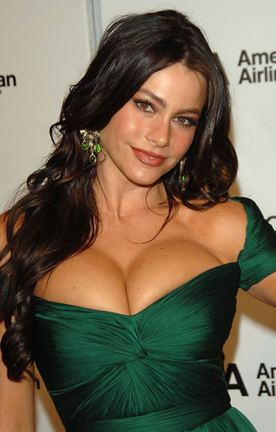 Sophia Vergara Breast Size http://brasizes.blogspot.com/2011/11/sofia-vergara-bra-size-breast-and-cup.html