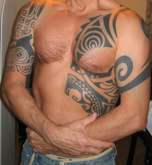 Polynesian tattoo designs make the best black ink tattoos for The best tattoo ink