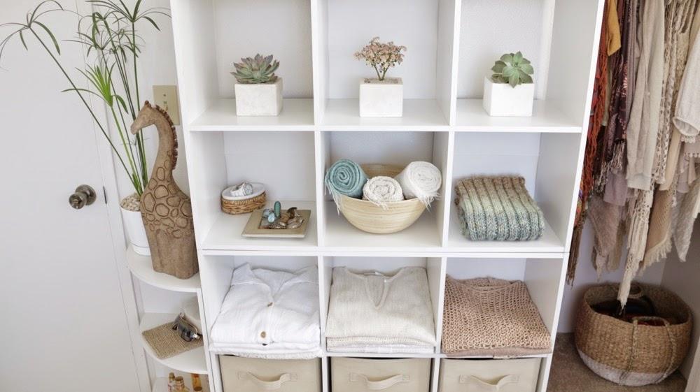 Organizing Closet Maid Cubes