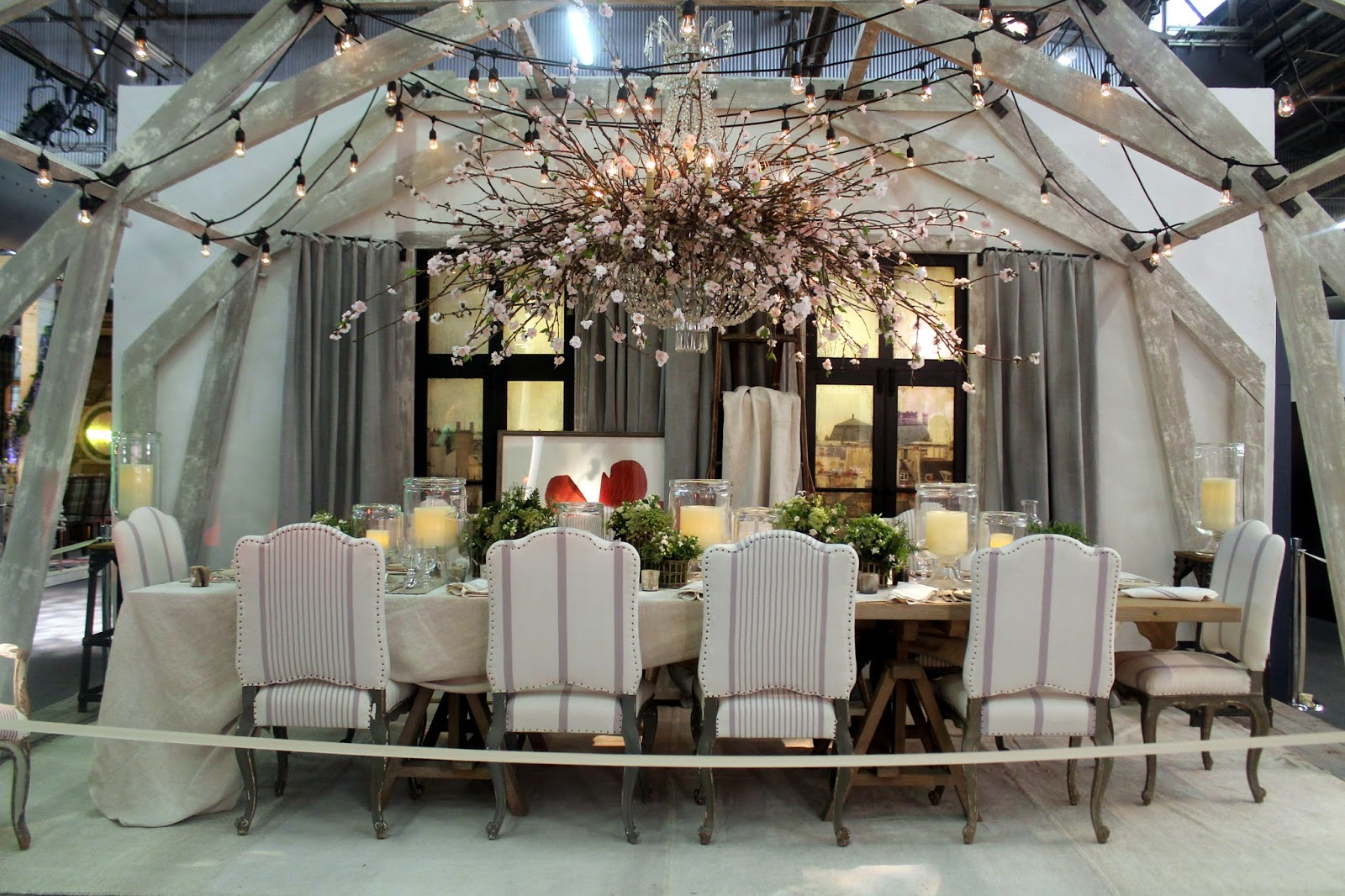 The Entertaining House: DIFFA, Dining by Design at the Architectural Digest Home Design Show