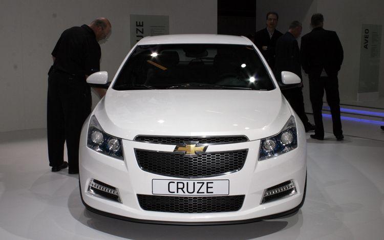 cars model 2012 2011 Chevrolet Cruze Hatchback