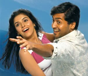 Surya & Asin in 'Ghajini' Movie