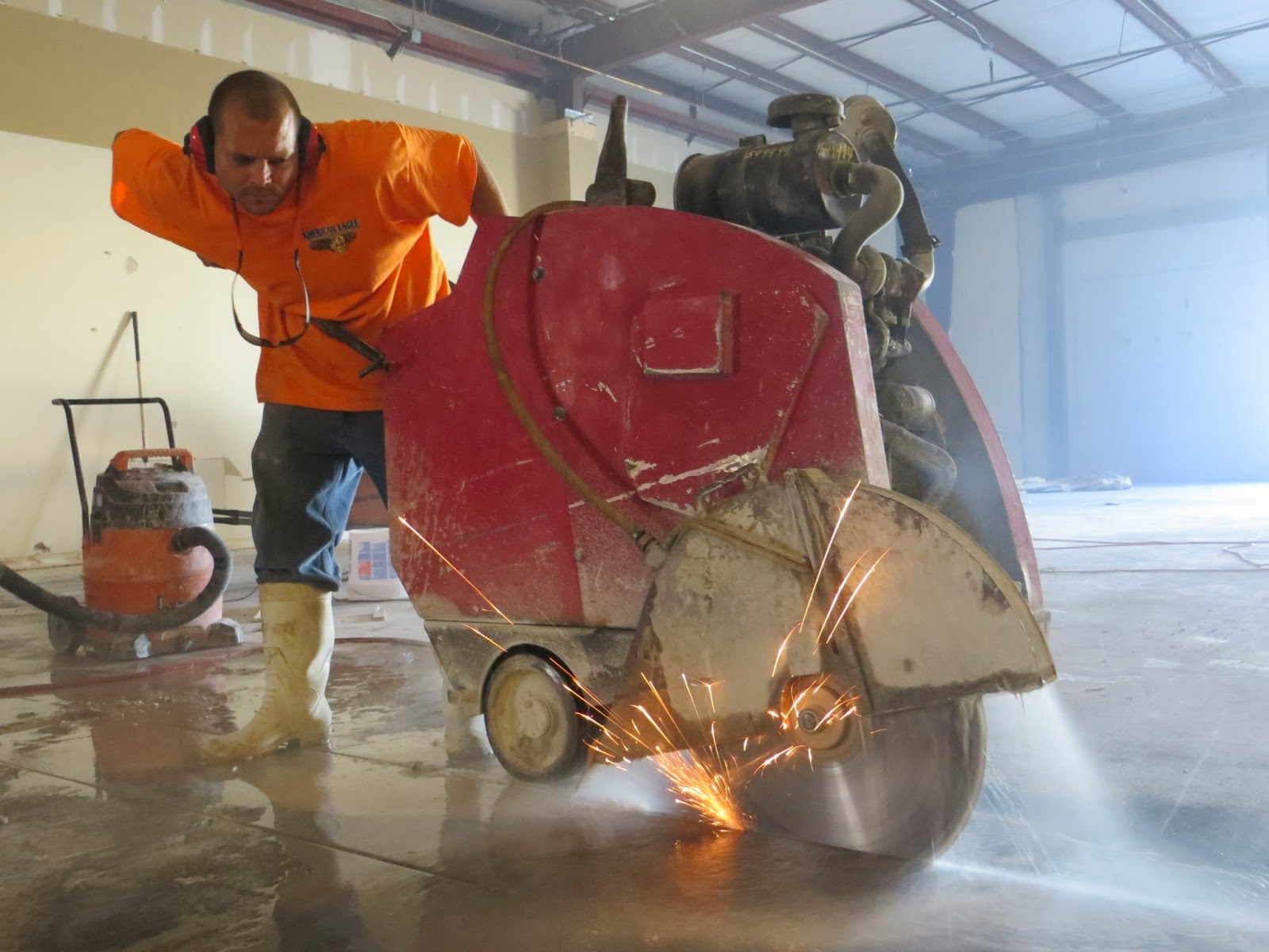 Concrete and asphalt slab sawing in Orlando FL by American Eagle Concrete Cutting!