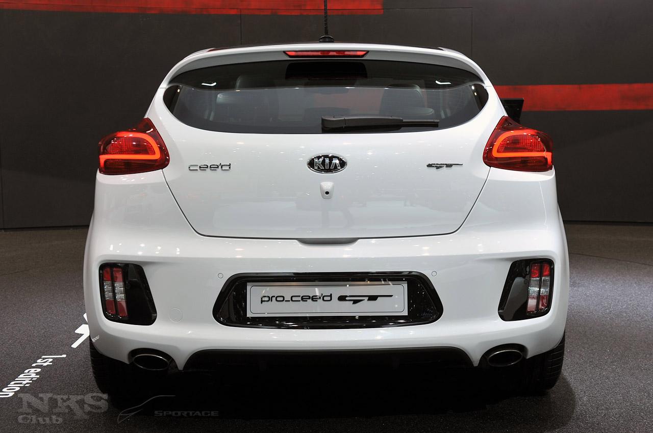 KIA Pro Ceed GT desde el Salón de Ginebra