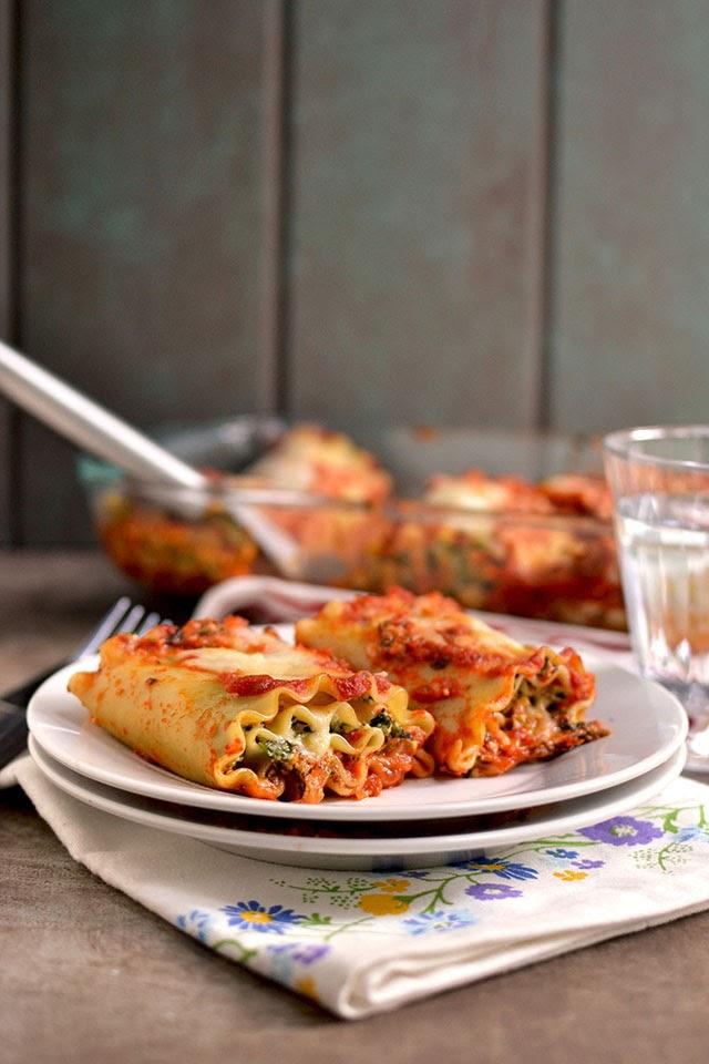 Vegetarian Spinach Artichoke Lasagna Rolls
