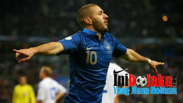 Benzema Mendapat Pesan Kepada Zidane