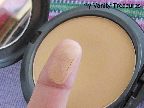 MAC Studio Fix Foundation NC42