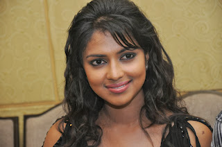 Amala Paul Open Talk about Nimirthu Nil