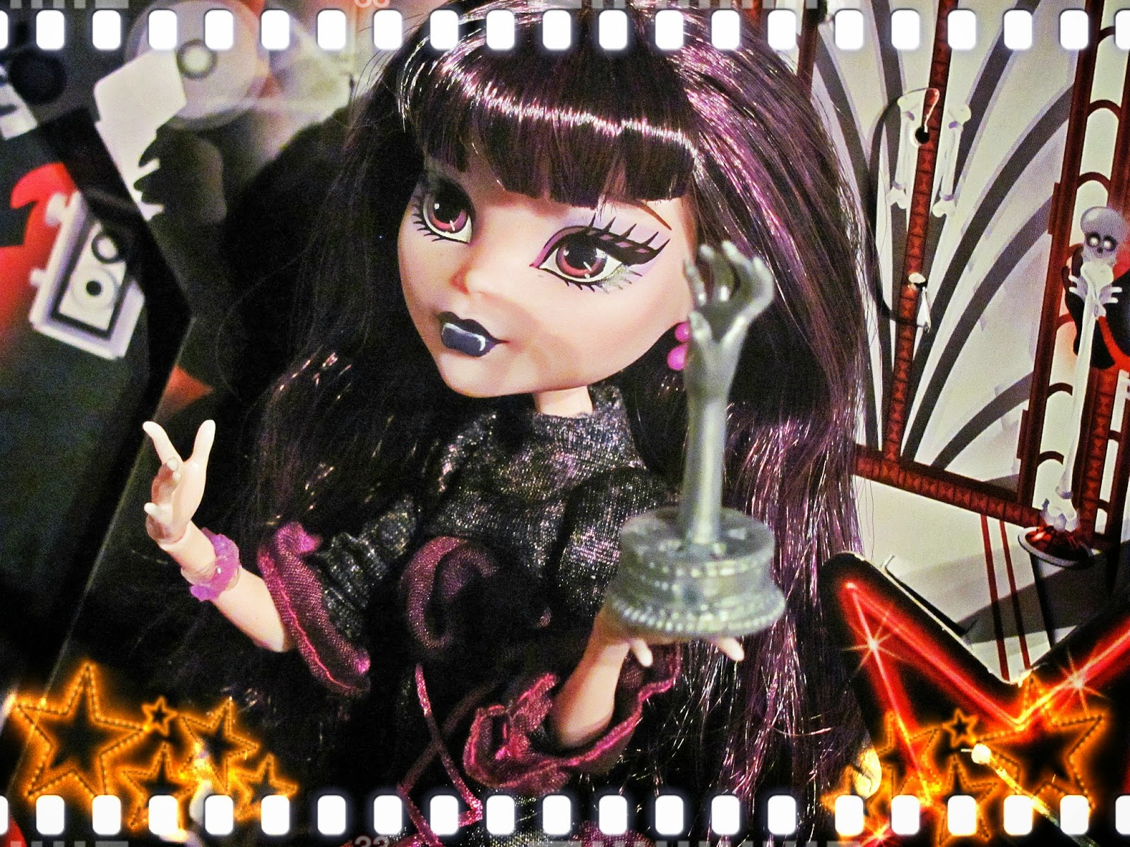 Monster high Frights camera action elissabat doll review ...