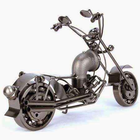 mainan motor besi