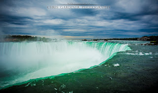 Niagara Falls View from Up Close by Chris Gardiner Photography www.cgardiner.ca