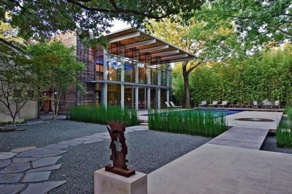 Modern garden house design idea dallas texas for Garden design dallas
