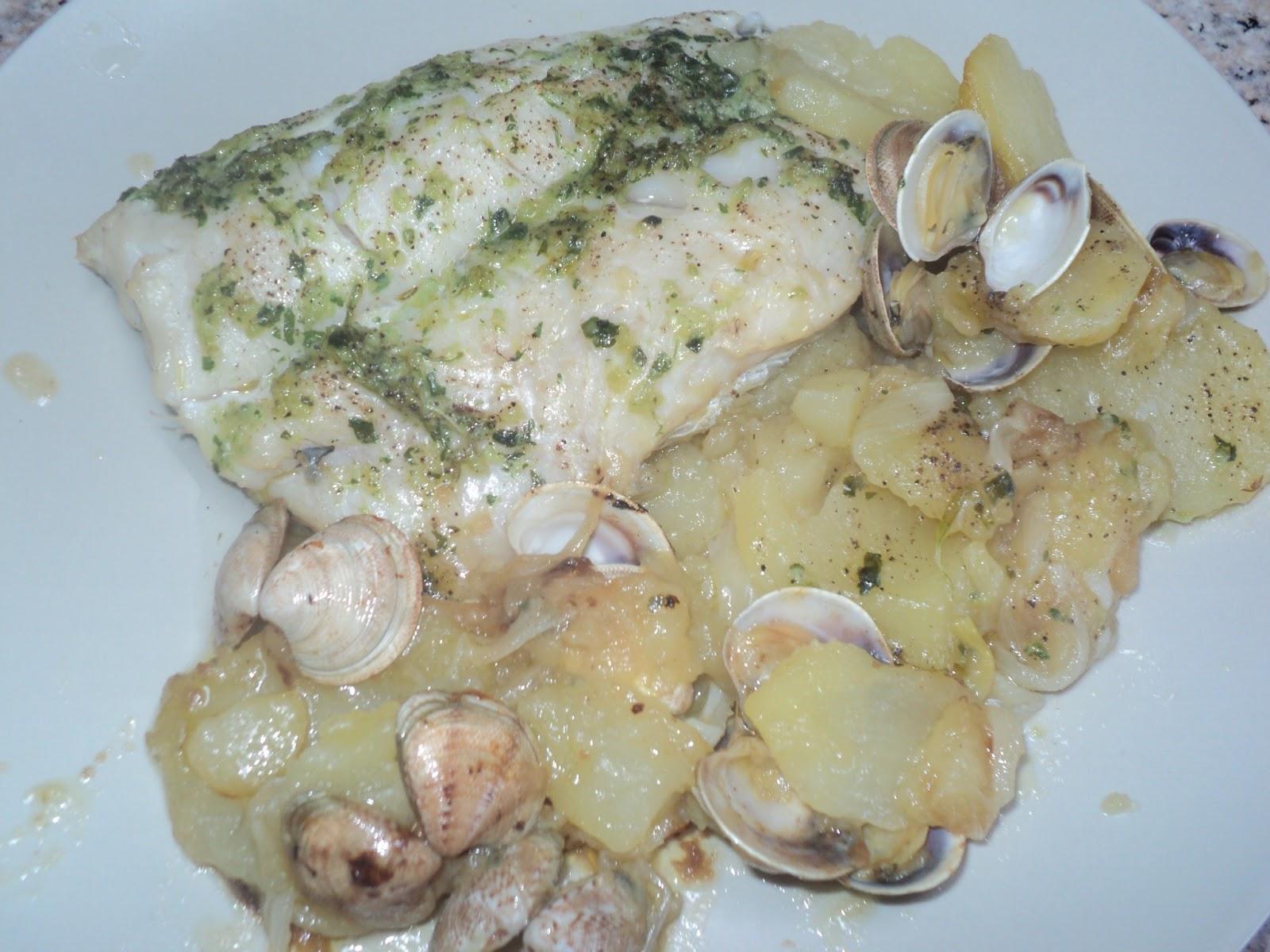 Cocinar Para Los Mios Merluza Al Horno Con Patatas Y Almejas