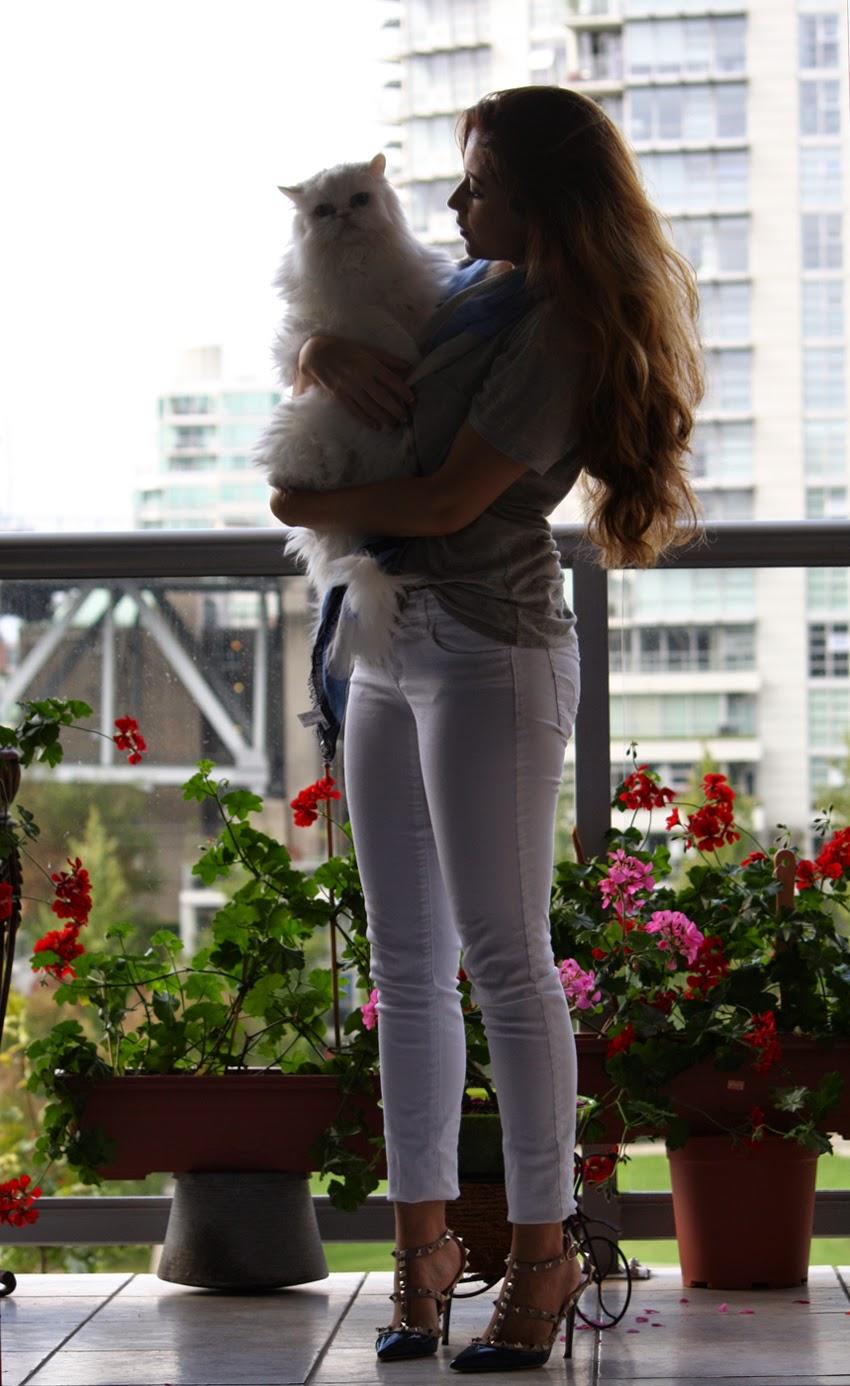 valentino-rockstud-slingbacks-clubmonaco-ae-jeans-basics-kitty-cat