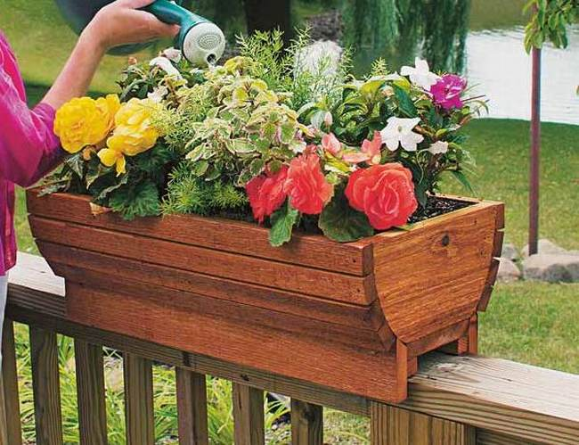 Railing flower boxes covers related keywords railing for Balcony planters