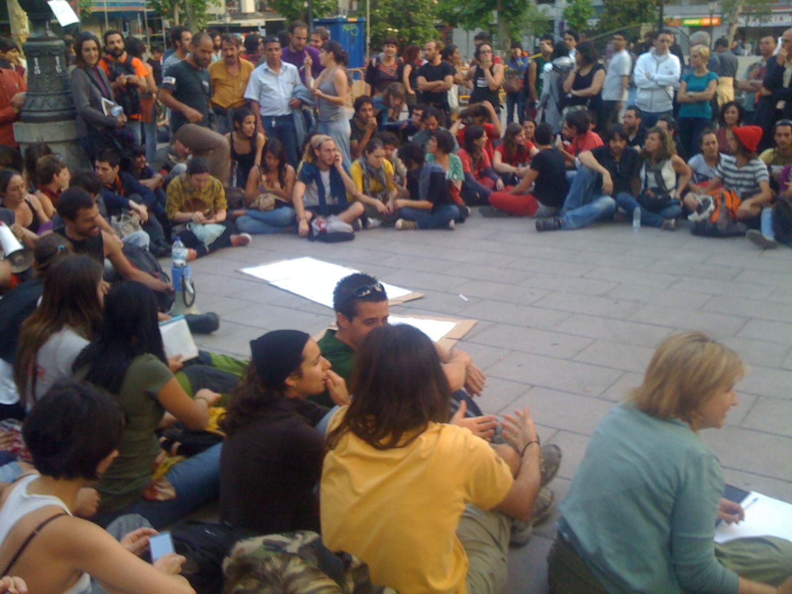 Asamblea Medio Ambiente en Plaza del Carmen