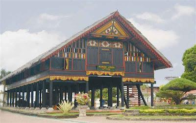 FOTO : Rumah Adat Aceh
