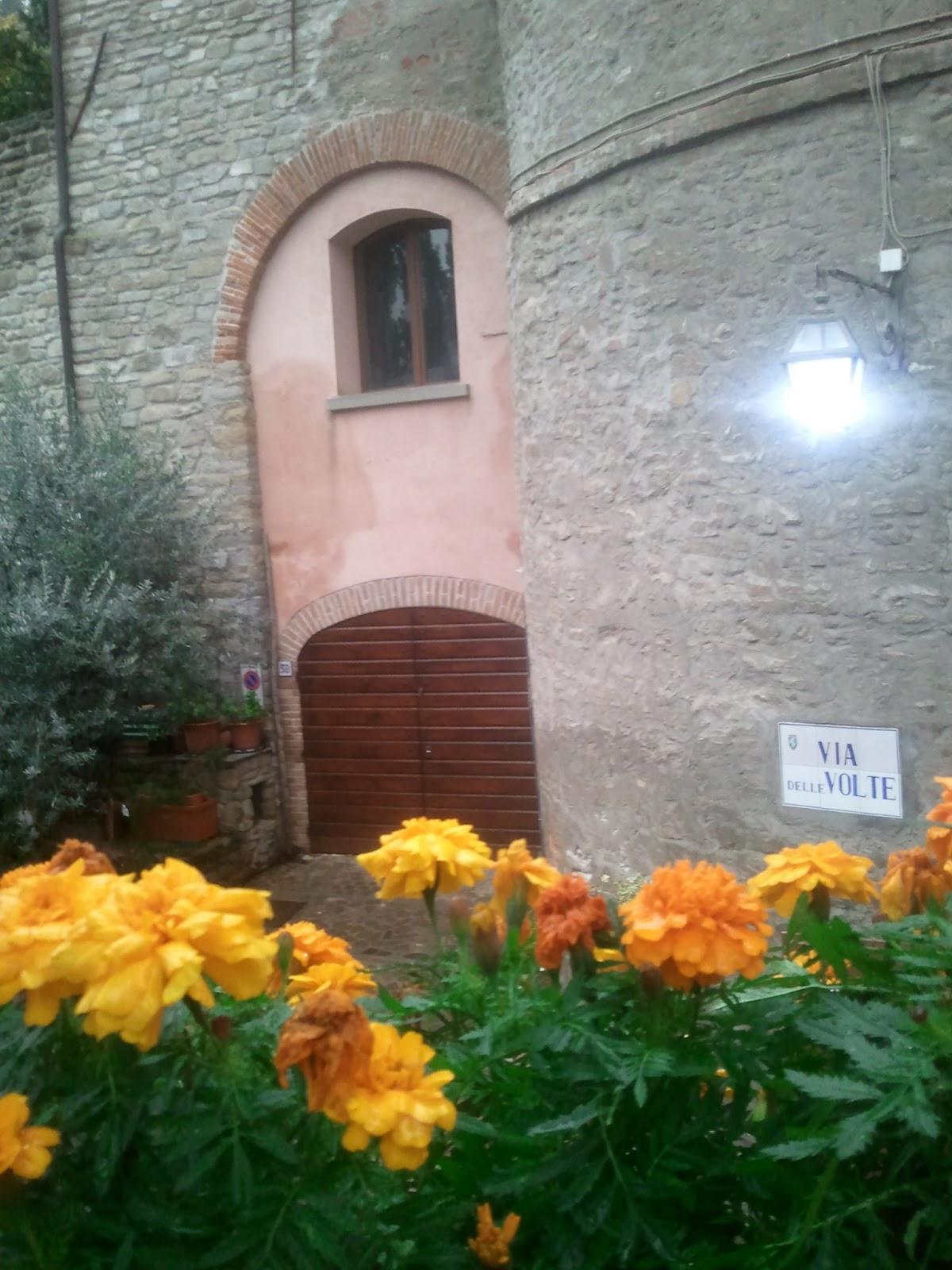 Brisighella ieri e oggi la vecchia porta d ingresso alla - La vecchia porta ...