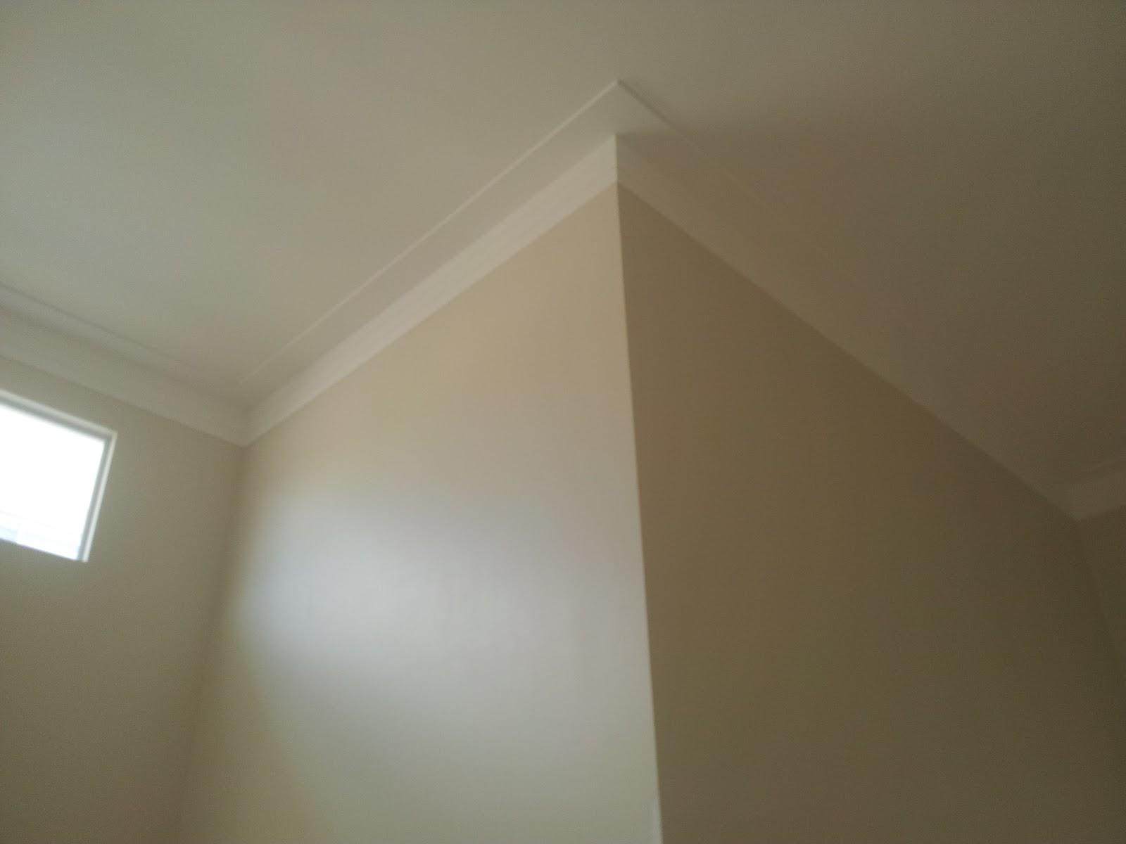 As molduras são muito usadas no design de interiores e dão um toque  #504630 1600x1200 Banheiro Com Moldura De Gesso