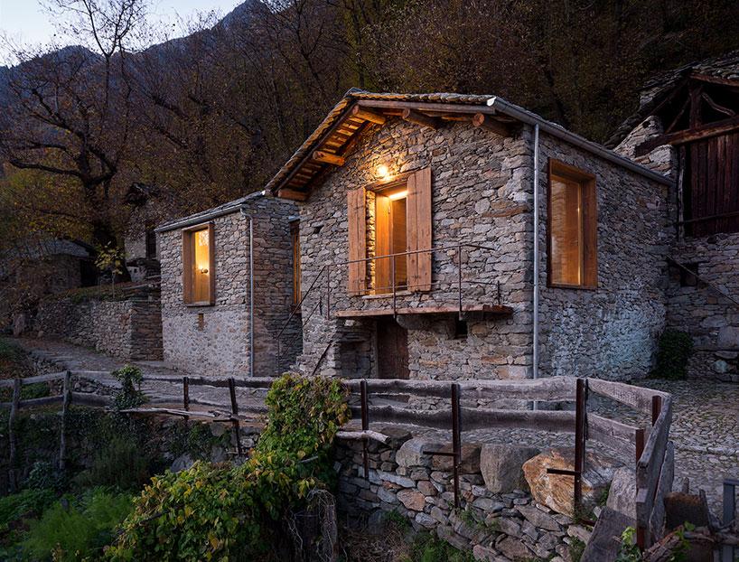 Casa in montagna con muratura in pietra in italia by for Piani di casa del vecchio mondo