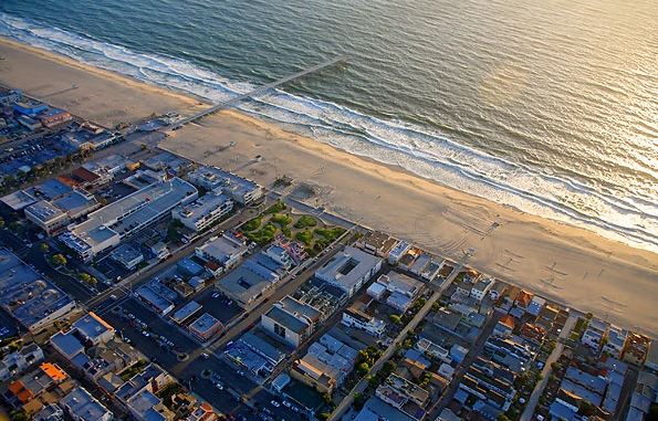how to get to hermosa beach