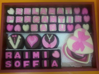 pink white theme coklat hantaran and love box