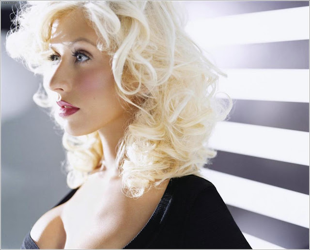Pictures of Christina Aguilera 10