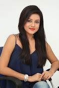 Mishti Chakraborthy latest dazzling pics-thumbnail-20