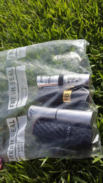 Fridge lipstick stash www.modenmakeup.com