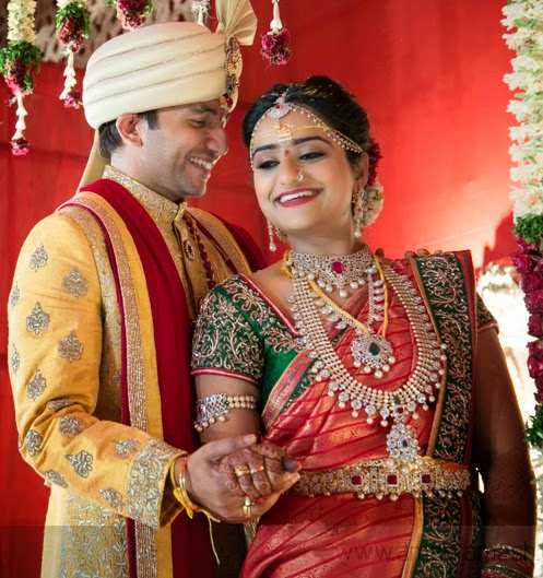Gorgeous Bride in Diamond Mango Necklace