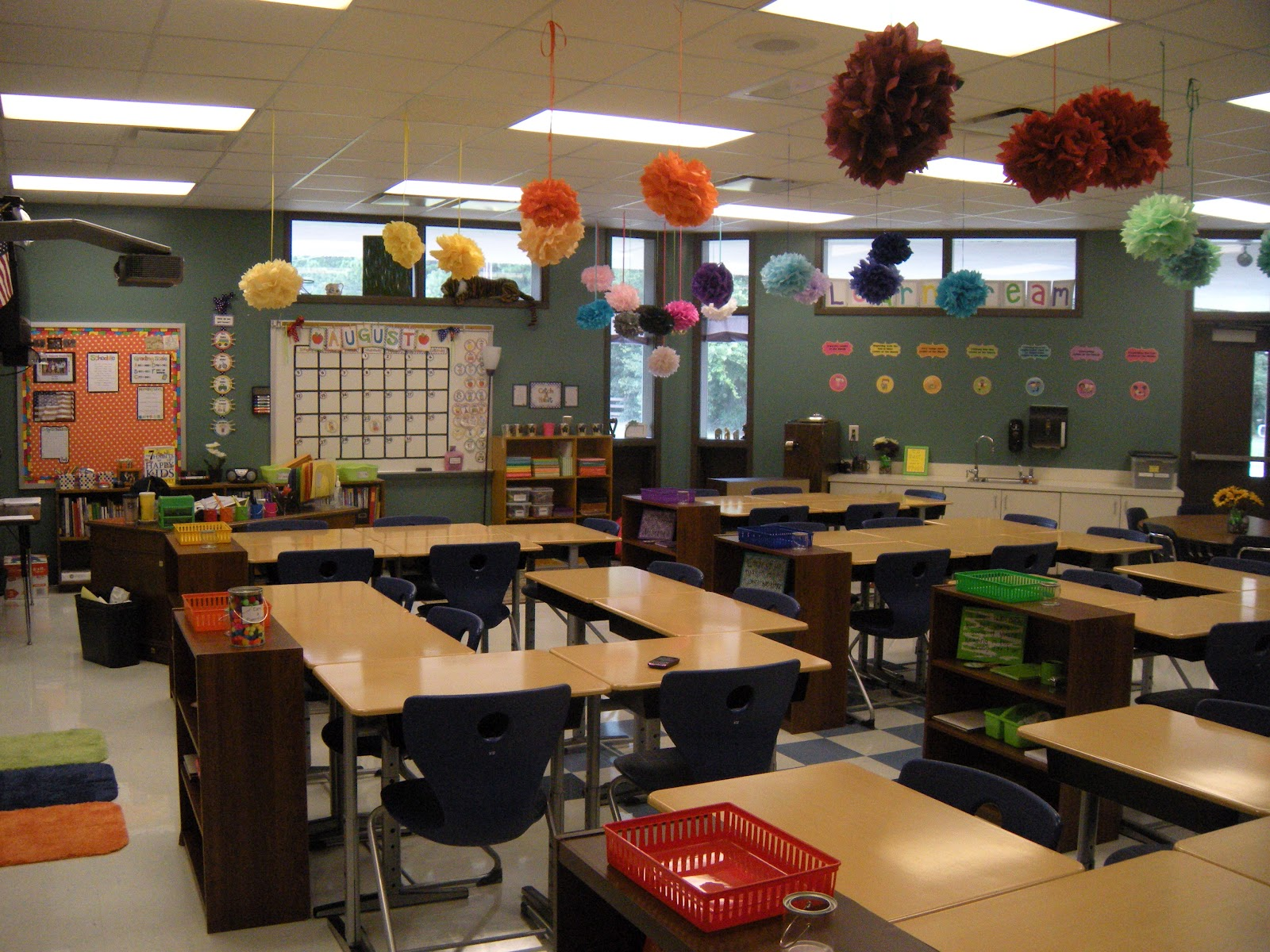 Classroom Setup Ideas ~ Little lovely leaders classroom complete