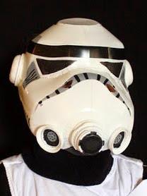 http://translate.googleusercontent.com/translate_c?depth=1&hl=es&rurl=translate.google.es&sl=auto&tl=es&u=http://www.filthwizardry.com/2010/10/milk-jug-storm-trooper-helmet.html&usg=ALkJrhiv5O6rhZdkHHDJ3vfaBcULUHAaWw