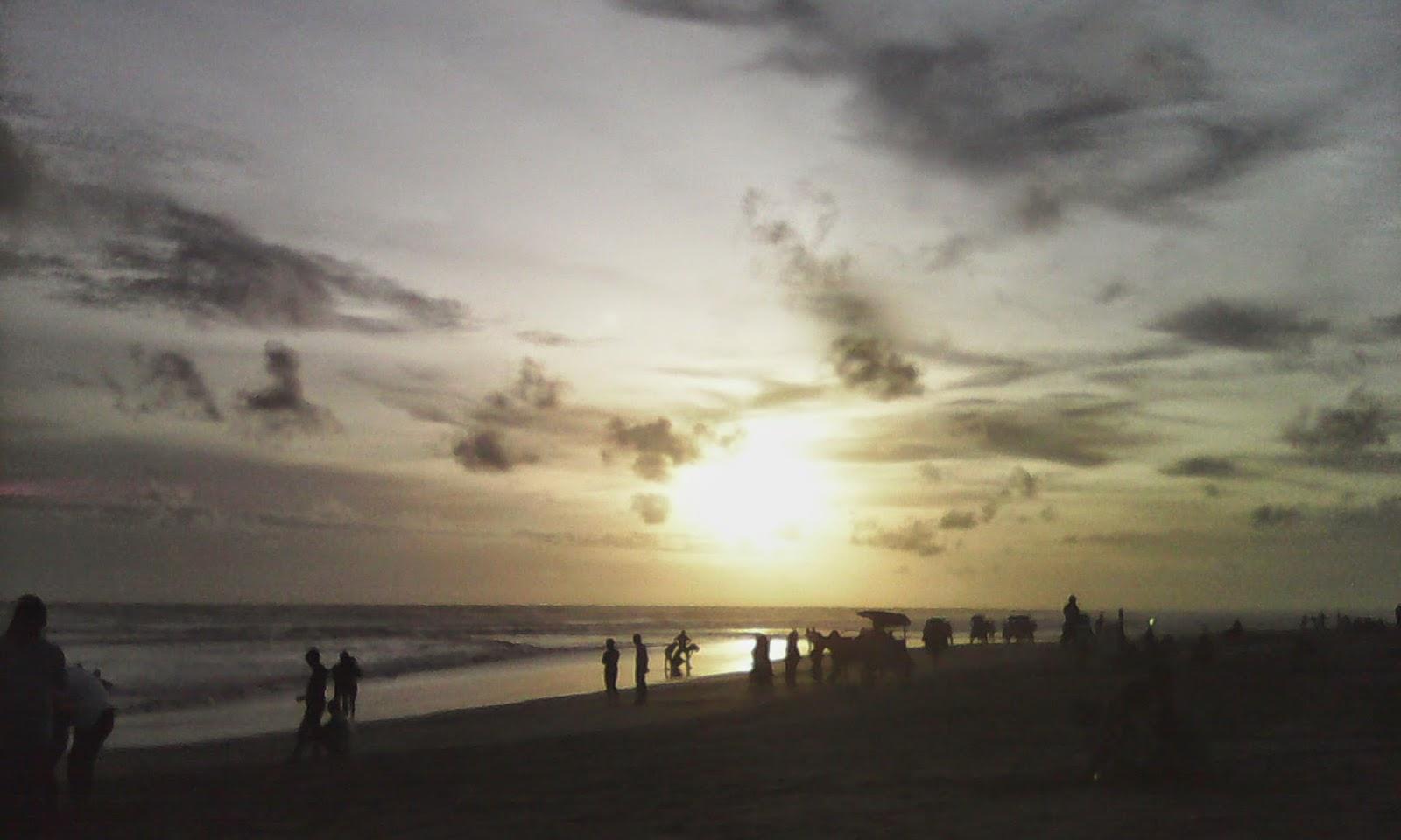 Jalan-jalan ke Pantai Parangtritis Yogyakarta