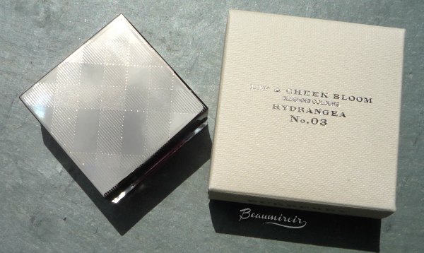 Burberry Lip & Cheek Bloom in No 03 Hydrangea cream blush packaging