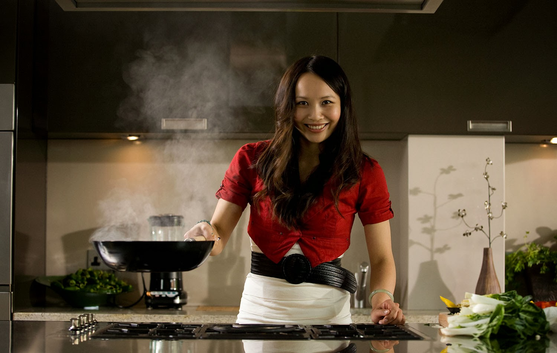 ching-he huang en su cocina