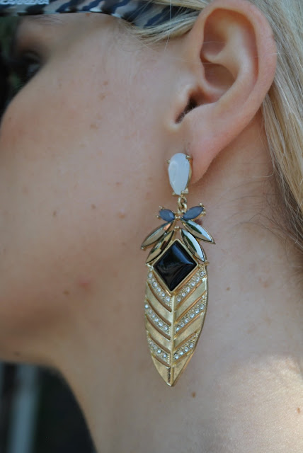 orecchini majique oceanic jewellers orecchini oro con pietra nera orecchini a goccia orecchini estate 2015 accessori estate 2015 occhiali da sole carrera majique london earrings mariafelicia magno fashion blogger colorblock by felym fashion blog italiani fashion blogger italiane italian girls fashion bloggers italy